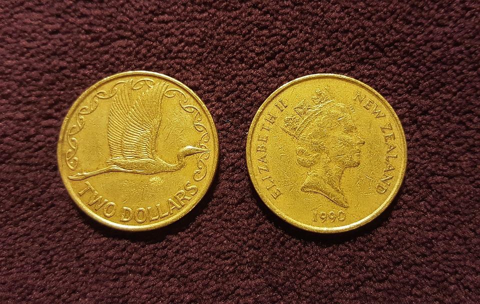 zélandské dolary